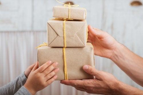 Caixas de presente de papelão