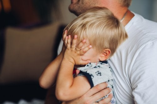 Como ajudar seu filho a superar a morte do pet