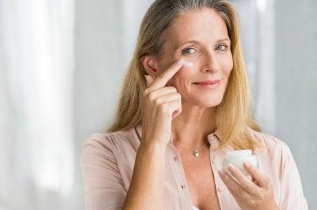 Como reafirmar a pele naturalmente
