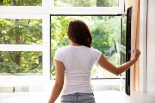 7 dicas para purificar o ar de casa