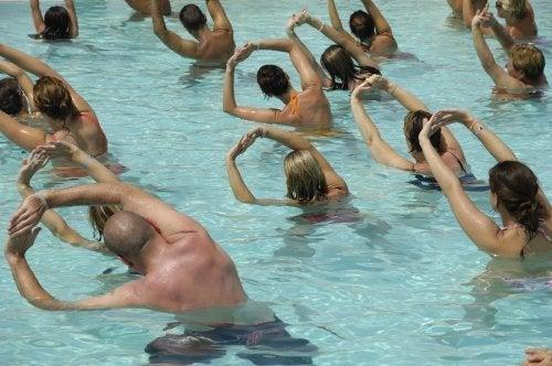 Exercícios aquáticos são ótimos para a gravidez