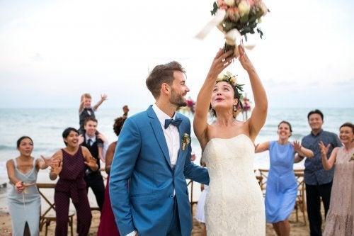 Quantas madrinhas e padrinhos ter no casamento?