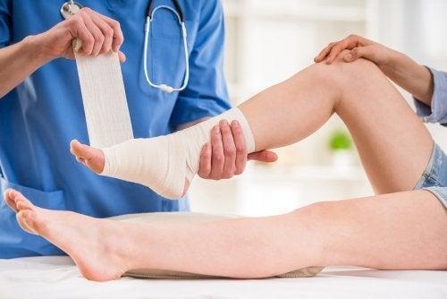 Curativo torção de tornozelo