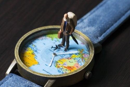 Aproveite a conhecer o mundo