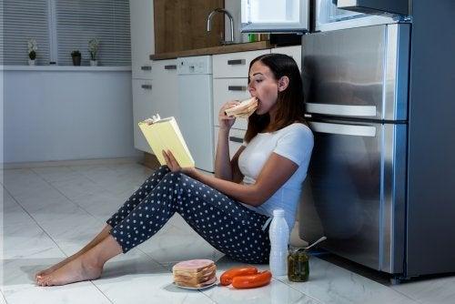 A ansiedade gera a síndrome do comer noturno