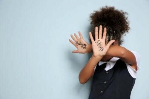 Como os pais devem agir diante do bullying