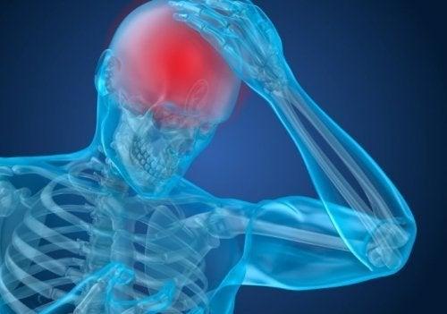 Dor de cabeça gerada por tumores pituitários tu