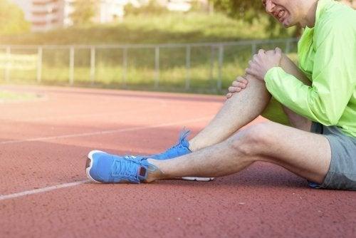 O esporte ocasiona luxação de joelho
