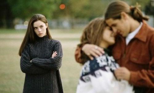 A falta de confiança e a infidelidade são coisas que matam o amor