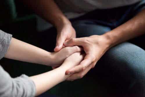 5 maneiras de mostrar ao seu parceiro que você se importa