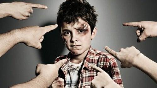 Menino que não soube agir diante do bullying