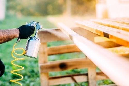 Renove a sua casa com tinta spray