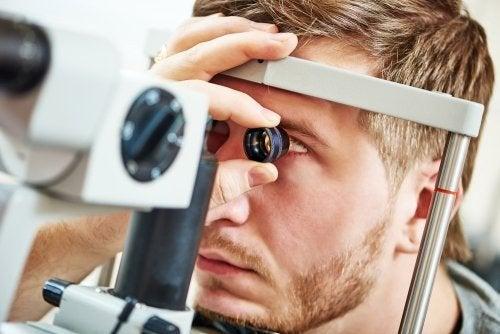 Check-up ocular