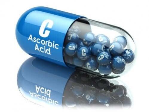 Ácido ascórbico: usos e benefícios