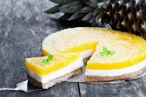 Cheesecake sem forno de piña colada