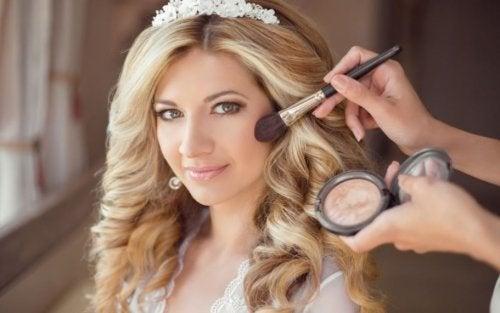 Dia da noiva: como escolher a maquiagem