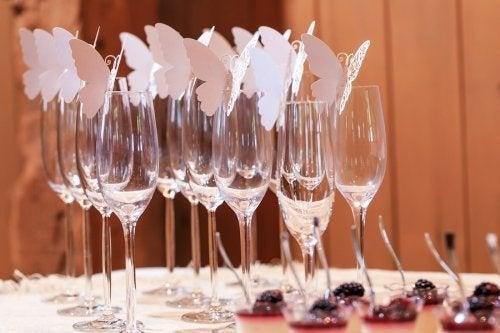 Ideias originais e fáceis para decorar copos