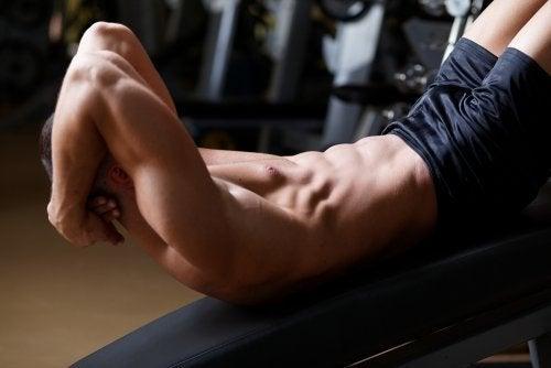 4 melhores exercícios para definir seus músculos rapidamente