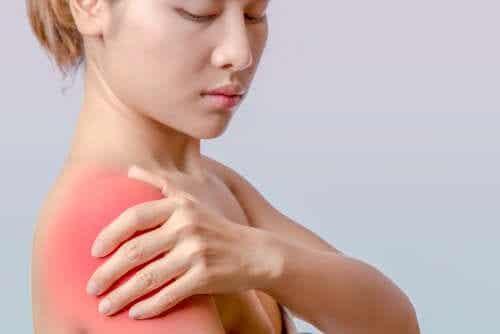 Lesão do manguito rotador: sintomas e tratamento