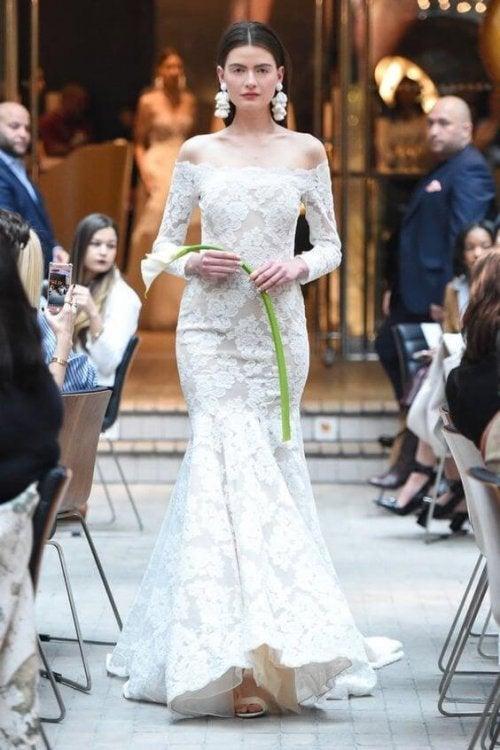 Muitas grifes de vestidos de noiva para escolher