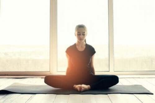 Como a ioga nos ajuda em tempos de crise?