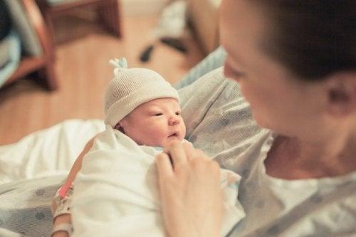 Mãe com bebê