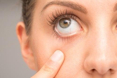 Técnicas para aliviar os olhos irritados