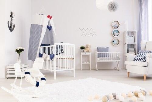 Organizar o quarto do recém-nascido