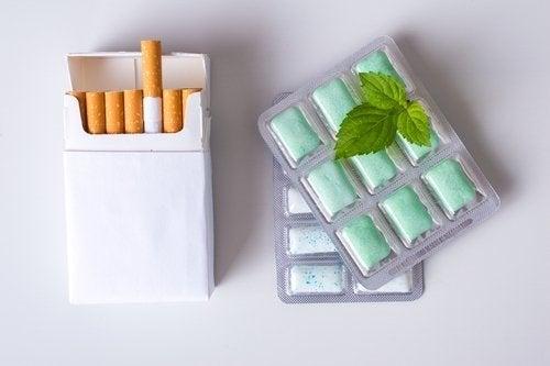 Chicletes de nicotina: concentrações e instruções de uso