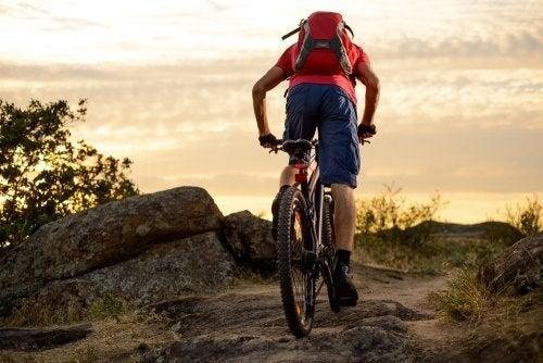 Conheça os benefícios de praticar mountain bike