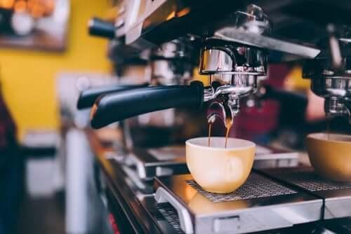 6 dicas para reduzir o consumo de café