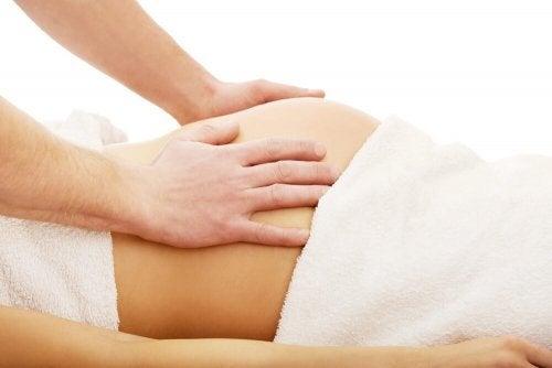 As massagens ajudam a gravidez e o parto