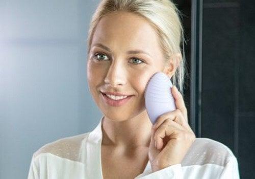 Por que a limpeza facial é importante?