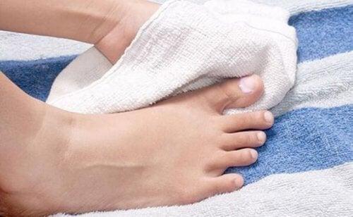 Higienize bem os pés