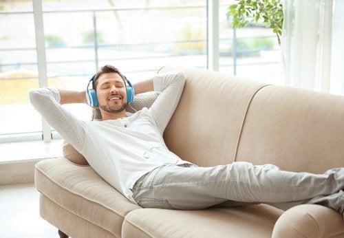 5 hábitos que estão arruinando o seu descanso sem você saber