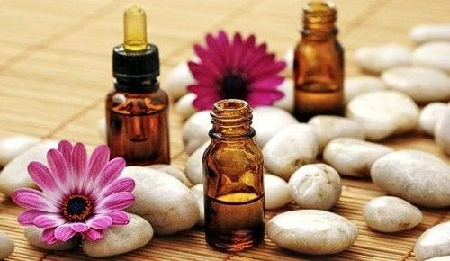 Como tratar a acne com óleos essenciais