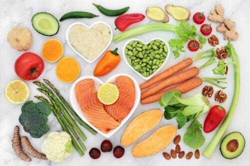 Faça uma dieta saudável para prevenir a dor no peito