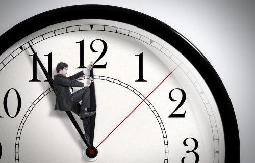 A pontualidade no dia do encontro