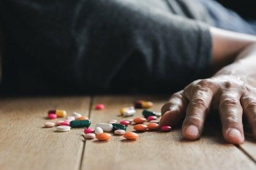 Perigos da intoxicação por medicamentos