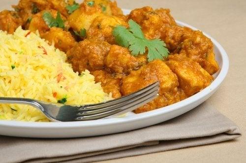 Aprenda a preparar um delicioso frango ao curry