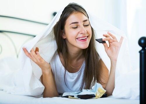 principiantes em dietas não entendem que podem comer doces, porém de forma inteligente