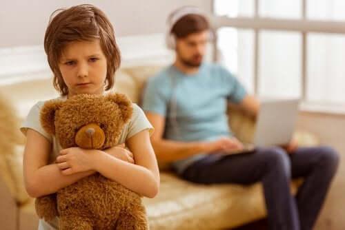 Está destruindo a autoestima de seu filho sem saber?