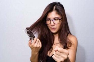 Por que o cabelo não cresce? 5 causas possíveis