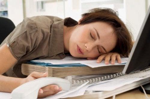 O trabalho e a falta de sono