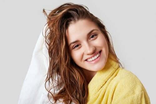 4 dicas para hidratar os cabelos no inverno