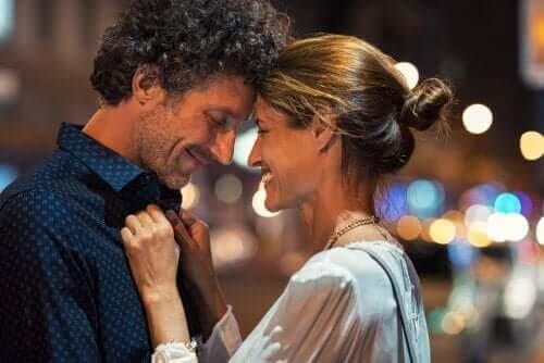 6 hábitos que melhorarão sua relação de casal