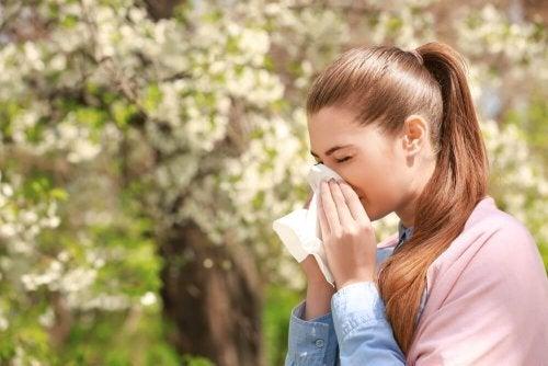 Muco na garganta por alergias