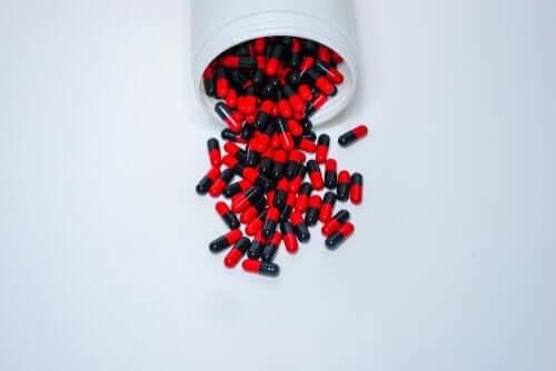 Ampicilina: dosagem e precauções