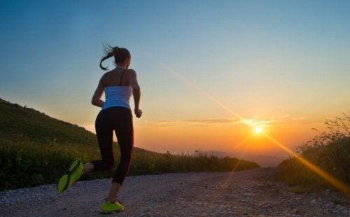 A menstruação muda as emoções mas o exercício físico pode ajudar