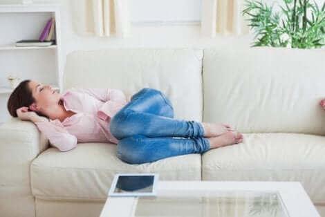 Mulher descansando